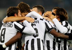 11° Juventus (Italia) 18.354.218 seguaci