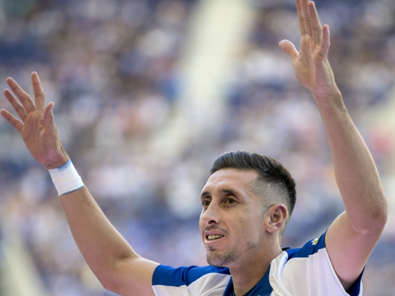 Mexicans Abroad: Hector Herrera scores for Porto, Nestor Araujo helps Celta past Atleti