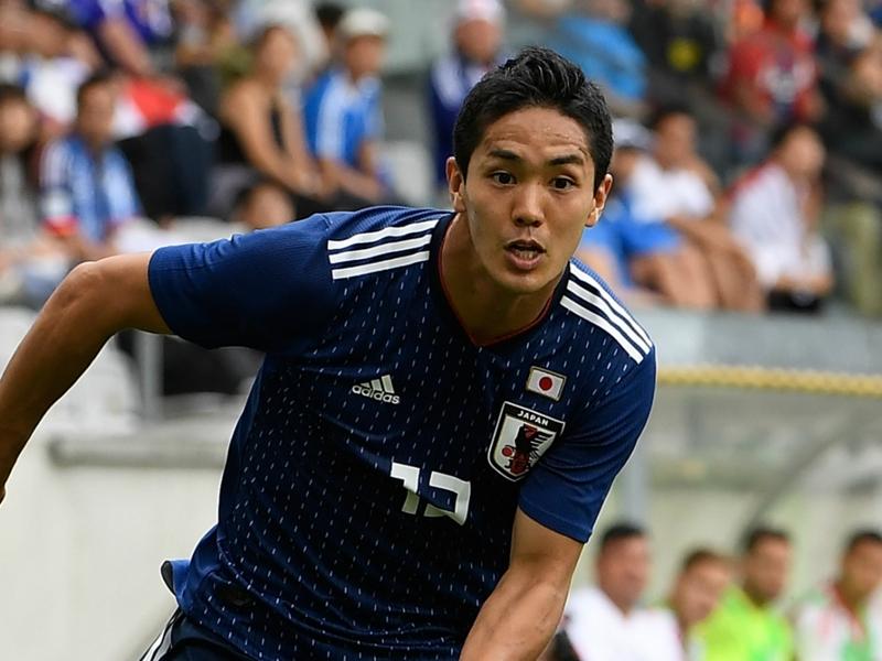 Japan international Muto finalises Newcastle United move