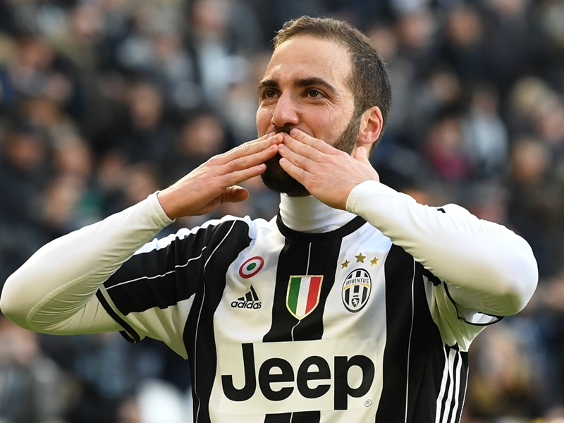 Higuain targeting his own Serie A goals record after Milan move