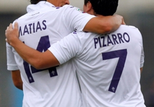 Sábado 31 de enero, 14:00, Genoa - Fiorentina (David Pizarro, Matías Fernández)