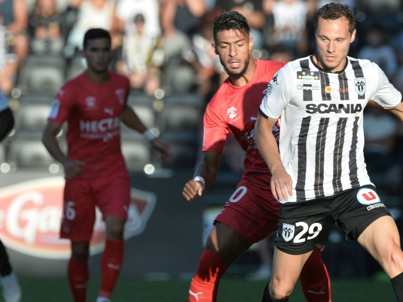 Angers-Nîmes 3-4 - Héroïque, Nîmes surprend Angers au terme d'un match complètement fou !