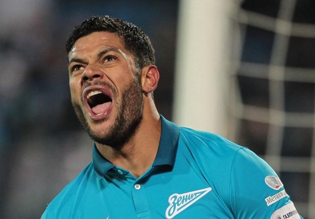 """""""Não conheço o árbitro, mas conheço Hulk"""", diz Villas Boas"""