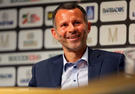 Giggs: Chelsea far above rivals