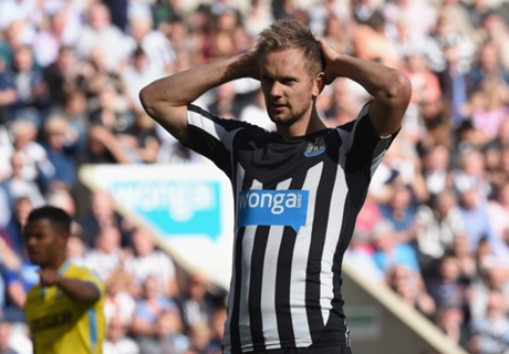 De Jong back in training for Newcastle