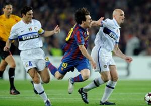 11)Maar de weg naar de finale werd geblokkeerd door José Mourinho's Internazionale.