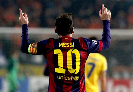 Messi is a beast - Xavi