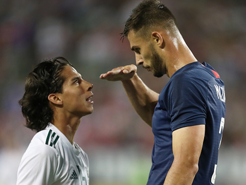 Chelsea's Miazga mocks Lainez's height as tensions boil over in USMNT win over Mexico