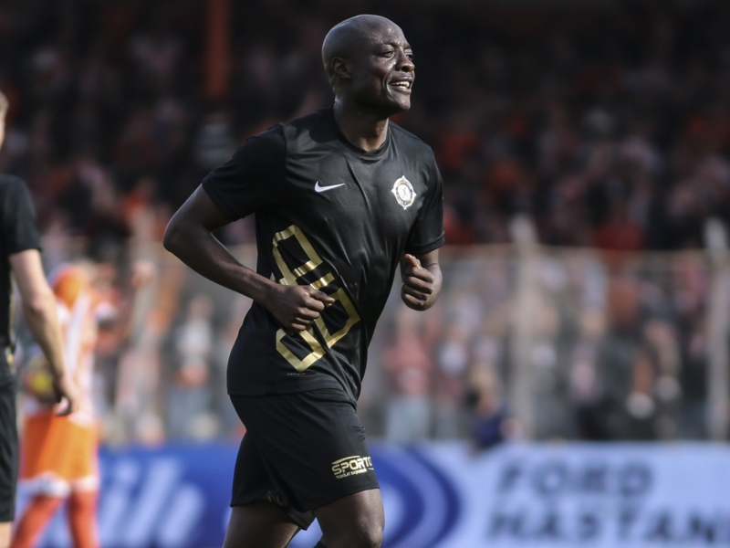 Veteran striker Pierre Webo returns to Uruguay after Nacional switch