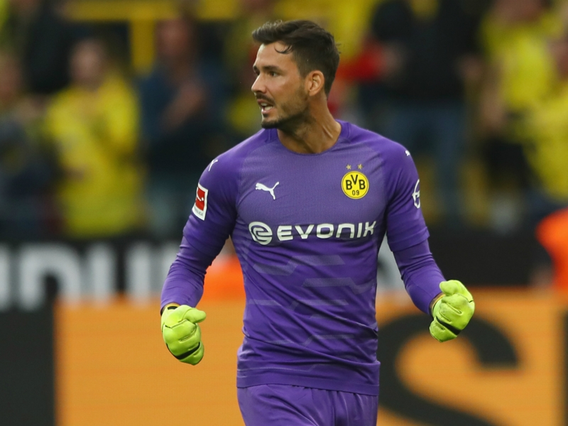Dortmund's Burki reveals he visits a mental coach to help with the pressures of football