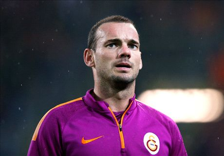 Transfer Talk: Man Utd on Sneijder alert