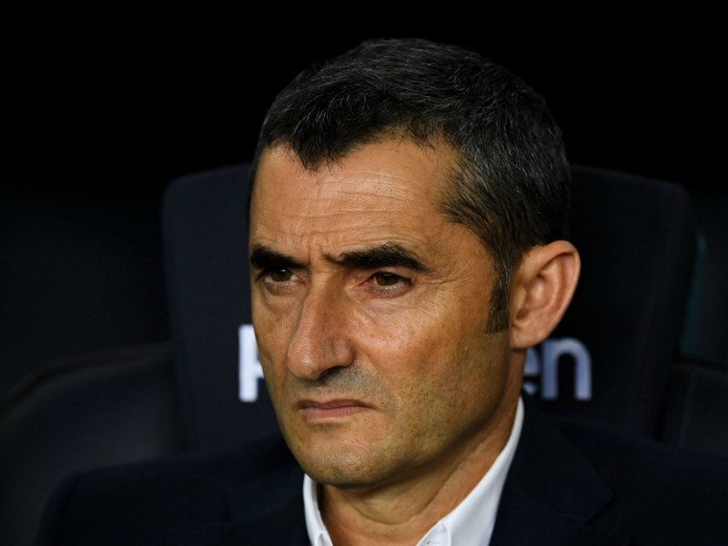Barcelona expecting PSV and Lozano to attack, says Valverde