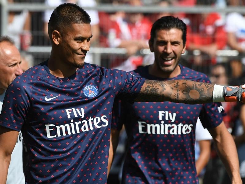 """PSG - Tuchel a """"un peu mauvaise conscience"""" pour l'alternance entre Buffon et Areola"""