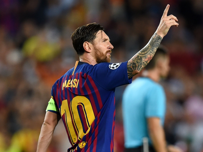Barcelona 4 PSV 0: Marvellous Messi lights up Camp Nou