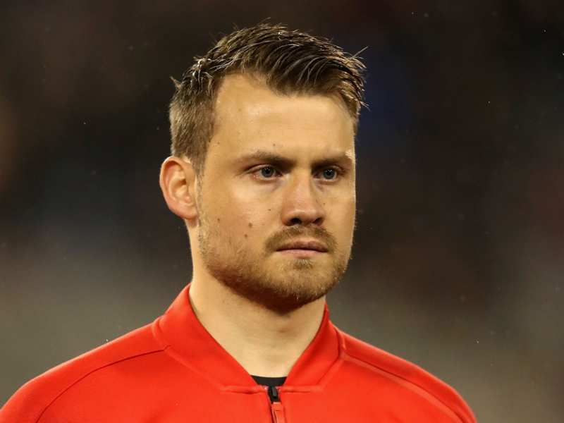 Bench duty not an easy mentally claims Mignolet