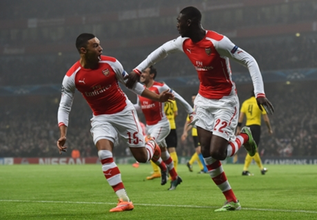 Arsenal 2-0 Dortmund: Gunners through