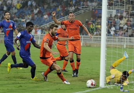 LIVE: Delhi Dynamos - Mumbai City FC