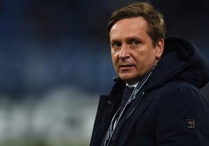 Schalkes Manager Horst Heldt hat den ersten Winter-Neuzugang an der Angel.