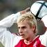 Tobias Rau | Rau deixou o Wolfsburg pelo Bayern e parecia destinado a tornar-se uma importante peça em seu novo clube. Mas sem repetir boas atuaçõs, transferiu-se para o Arminia Bielefeld, em 2005. Ele surpreendentemente terminou a sua carreira em 2009...