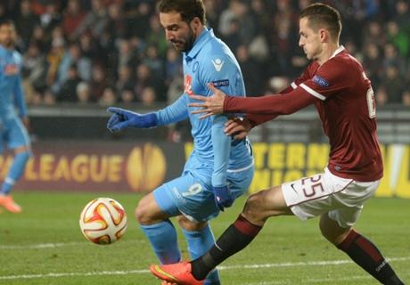E. League: S. Praga 0-0 Napoli