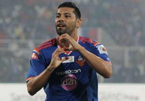 Andre Santos celebrates FC Goa's second goal against Kerala Blasters FC