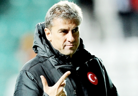 Hamzaoglu to replace sacked Prandelli