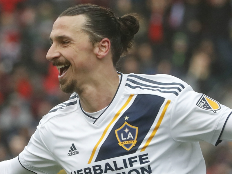 Ibrahimovic beats out Rooney to win MLS Newcomer of the Year
