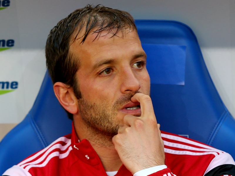 'I just have to stop now' - Former Madrid & Tottenham star Van der Vaart confirms retirement