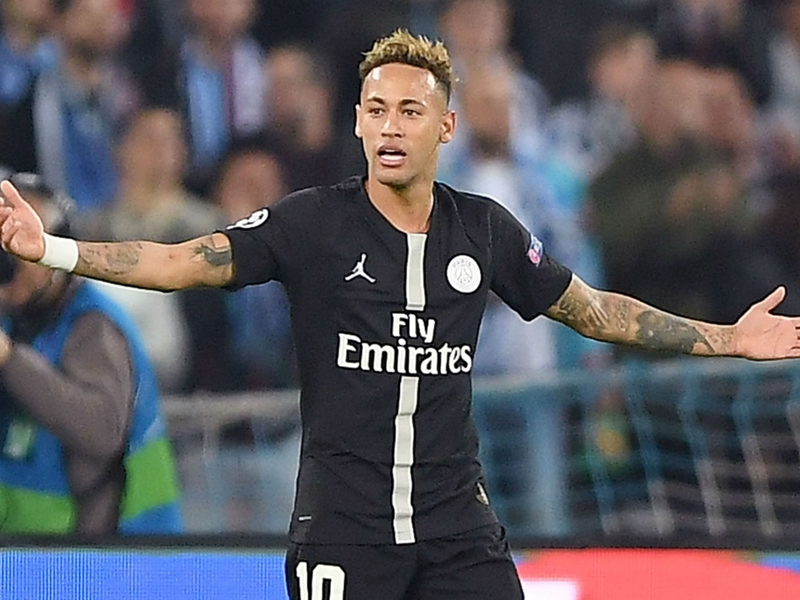 Neymar blasts 'disrespectful' referee after PSG draw with Napoli