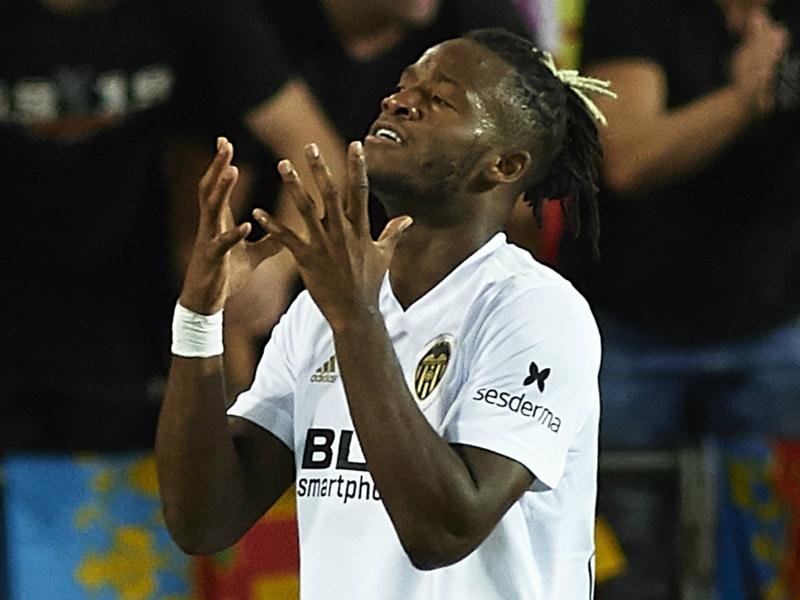 Chelsea loanee Batshuayi dismisses reports of Valencia departure