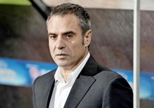 Trabzonspor'da Vahid Halilhodzic'in yerine gelen teknik direktör Ersun Yanal'ın transfer hamleleri merakla bekleniyor...