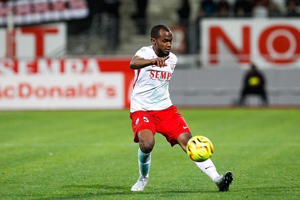 Ligue 2 - Nancy gagne enfin à domicile, Lorient contrarié à Troyes et Auxerre explose Sochaux