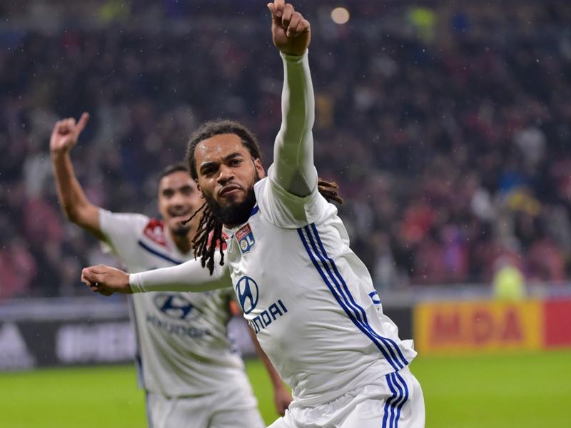 Lyon - Saint-Etienne 1-0 - L'OL s'adjuge le derby et prend ses distances avec les Verts