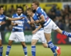 Video: Celebration goes wrong for PEC Zwolle's Lam