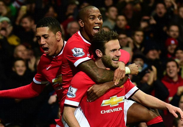 Manchester United 2-1 Stoke City: Fellaini & Mata hand Van Gaal fourth straight victory