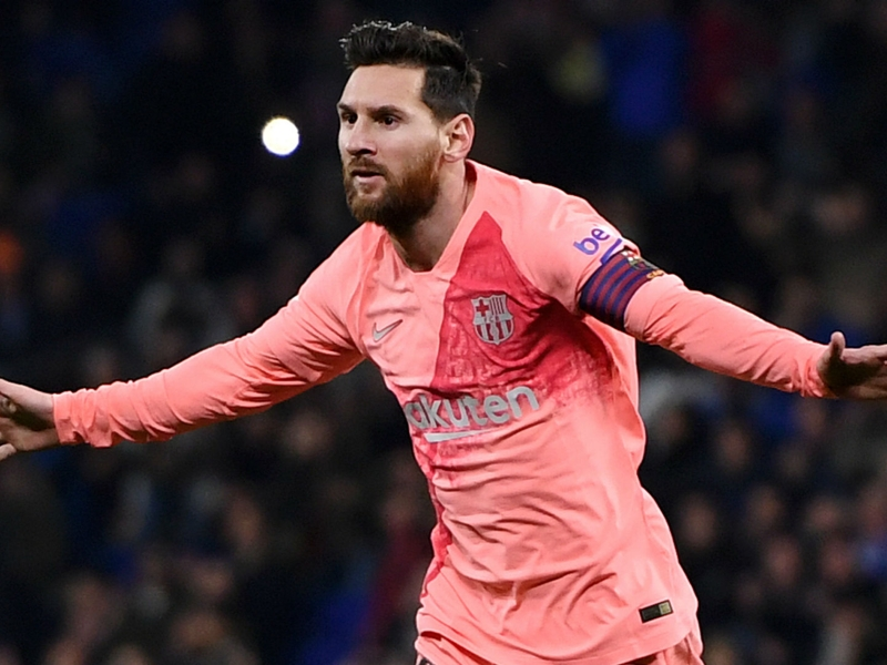 Messi only has one skill? Iniesta not convinced by Pele's assessment of 'best player in history'
