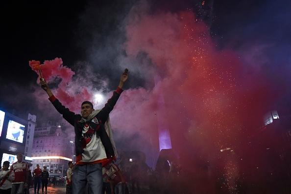 VIDEO - Copa Libertadores : River Plate sacré, les fans du club argentin chavirent de bonheur...