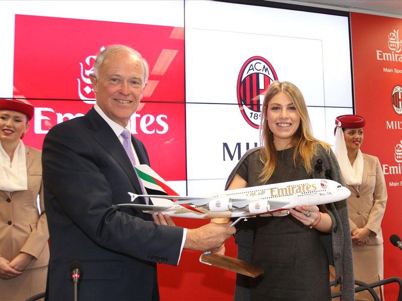 Lo stadio del Milan costerà 300 milioni, soldi da Emirates: l'Inter si prende il Meazza