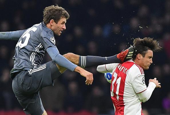 Müller suspendu pour les matches du Bayern contre Liverpool