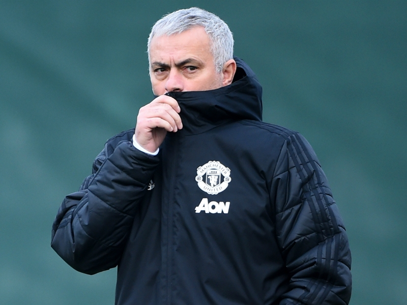 Irwin urges Mourinho turnaround before PSG Champions League clash