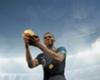 Dünya Kupası Fransız yıldız Kylian Mbappe'nin ellerinde. (Fotoğraf: Matthias Hangst)