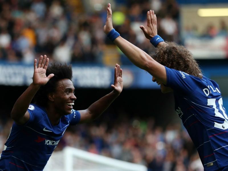 Willian hoping David Luiz stays at Chelsea