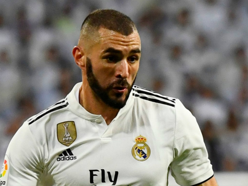 Benzema to avoid surgery on injured finger