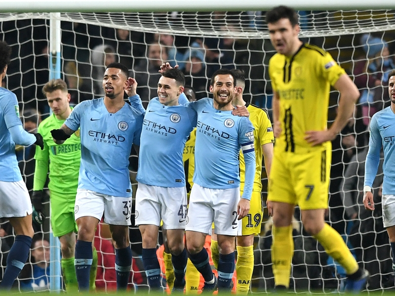 Man City set English cup