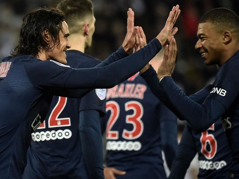 Amiens 0 Paris Saint-Germain 3: Neymar-less leaders back to winning ways