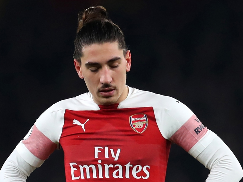Bellerin mature enough to come back stronger for Arsenal - Emery
