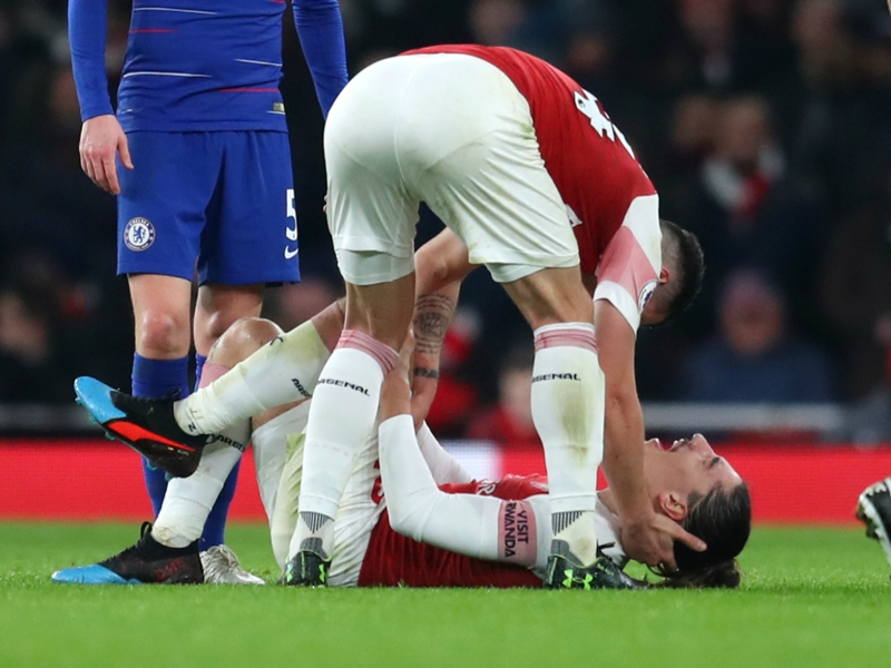 Koscielny backs Bellerin to return from injury 'stronger than before'