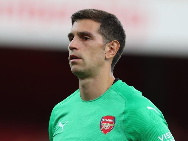 Arsenal's Martinez joins Reading on loan