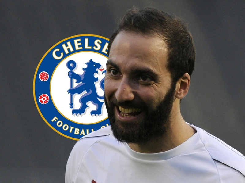 Zola: Higuain can handle big expectations at Chelsea