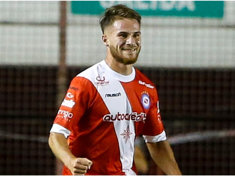 Brighton sign 20-year-old Argentine midfielder Mac Allister